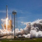 Roketler fırlatılırken çıkan duman nedir?